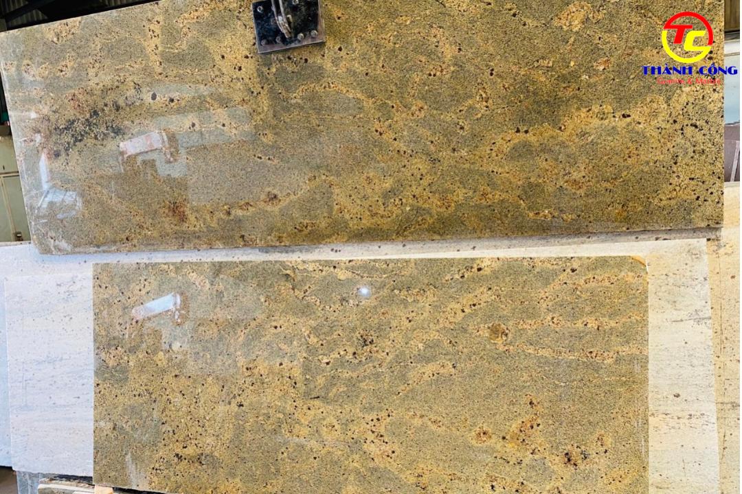Đá Kashmir Gold Granite