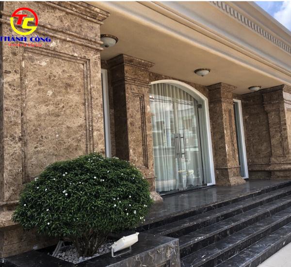 27. Mẫu đá marble ốp mặt khách sạn, biệt thự